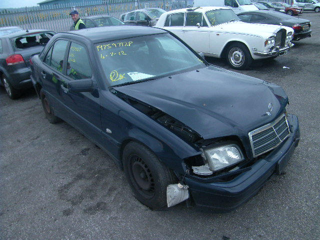 Mercedes benz c180 spare parts c180 spares used for Mercedes benz parts direct